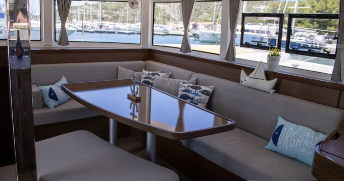 Boat rental Lagoon Lagoon 42 in Primošten on Samboat