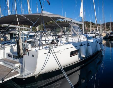 Rental Sailboat in Primošten - Bénéteau Oceanis 51.1