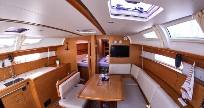 Boat rental Jeanneau Sun Odyssey 44i in Primošten on Samboat
