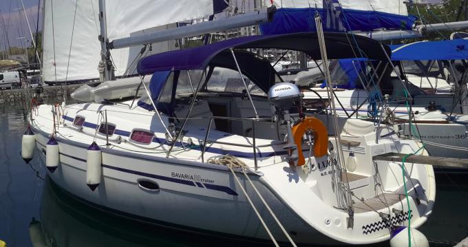 Boat rental Bavaria Bavaria 39 Cruiser in Alimos on Samboat