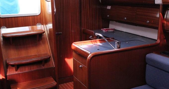 Boat rental Bavaria Bavaria 30 Cruiser in Vrsar on Samboat