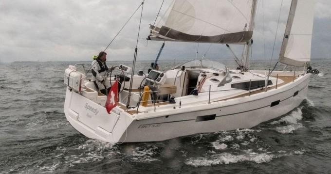 Boat rental Viko-Yachts Viko S 35 in Primošten on Samboat