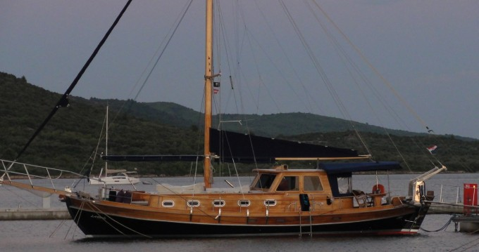 Rental yacht Pirovac - Custom Made Larus - 3 + 1 cab. on SamBoat