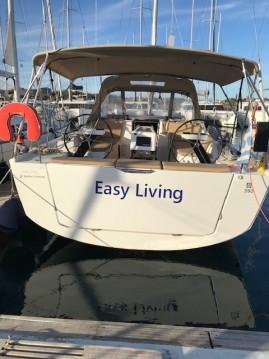 Boat rental Lávrio cheap Dufour 390 GL
