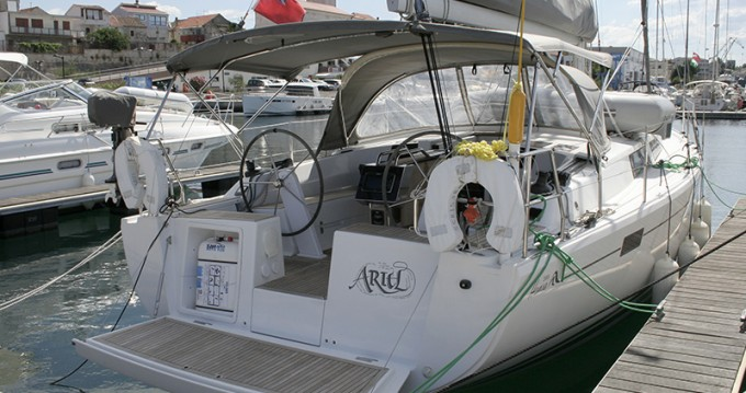 Rental yacht Šibenik - Hanse Hanse 385 on SamBoat