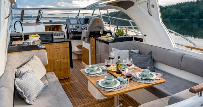 Rental Motorboat in Šibenik - Marex Marex 360 Cabriolet Cruiser