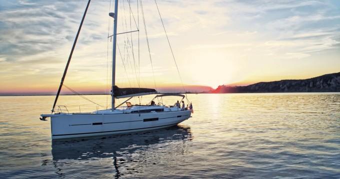 Rental Sailboat in Trogir - Dufour Dufour 512 Grand Large