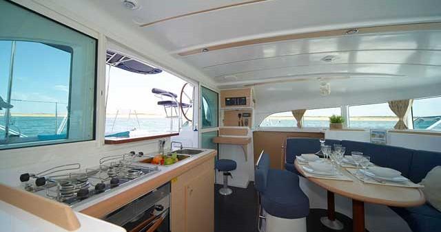 Lagoon Lagoon 380 S2 between personal and professional Biograd na Moru