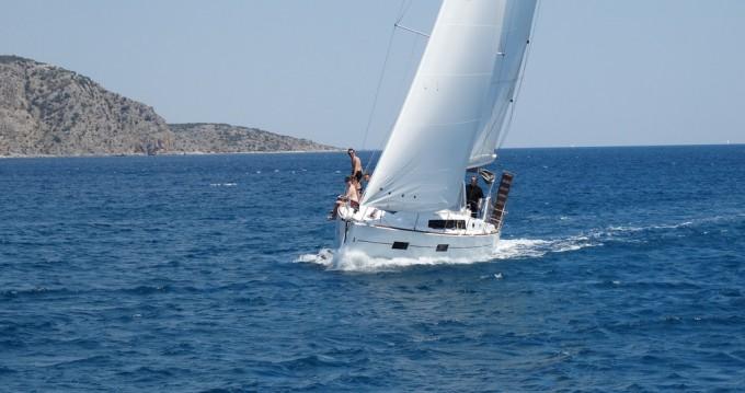 Boat rental Alimos cheap Oceanis 38