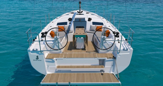 Boat rental Alimos cheap Oceanis 40.1
