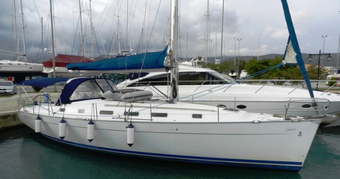 Boat rental Bénéteau Cyclades 43.4 in Lefkada (Island) on Samboat