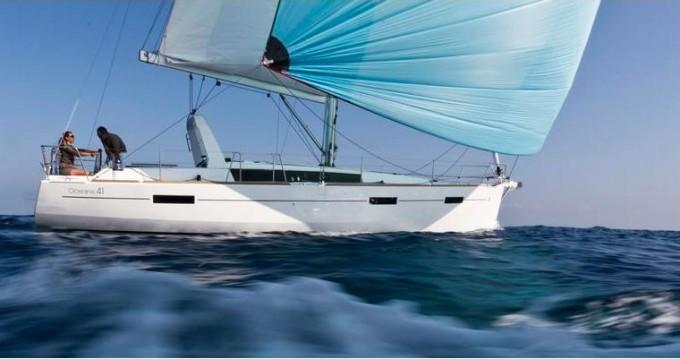 Rental yacht Alimos - Bénéteau Oceanis 41 on SamBoat