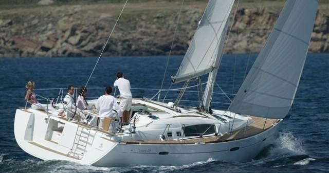 Bénéteau Oceanis 46.1 between personal and professional Alimos
