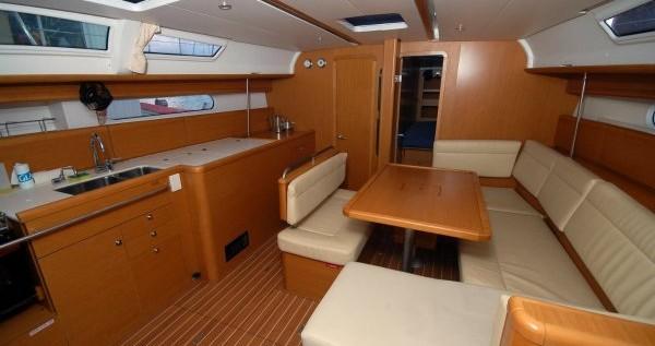 Boat rental Lefkada (Island) cheap Sun Odyssey 44i