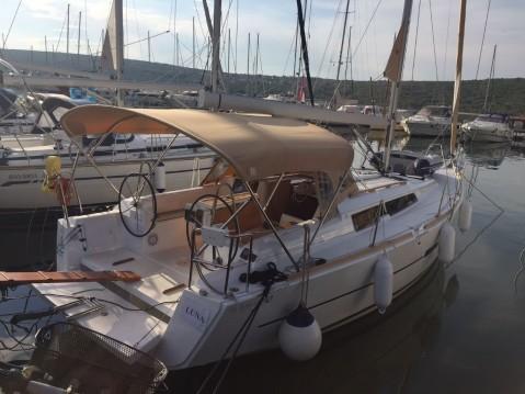 Boat rental Dufour Dufour 350 GL in Punat on Samboat