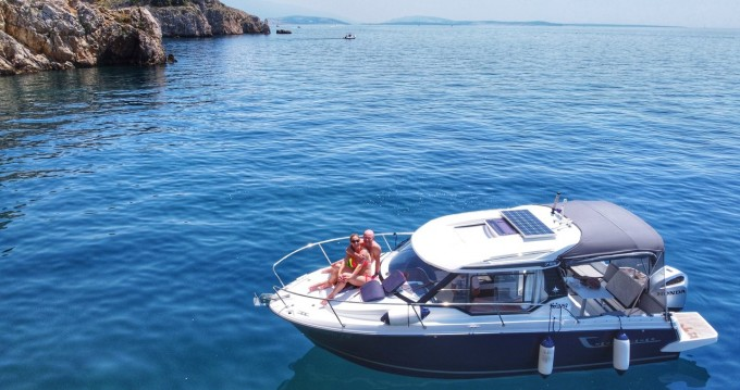 Boat rental Jeanneau Merry Fisher 795 Legend in Punat on Samboat