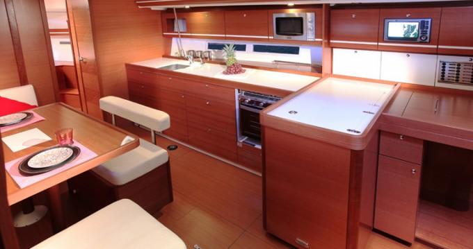 Rental yacht Horta - Dufour Dufour 450 GL on SamBoat