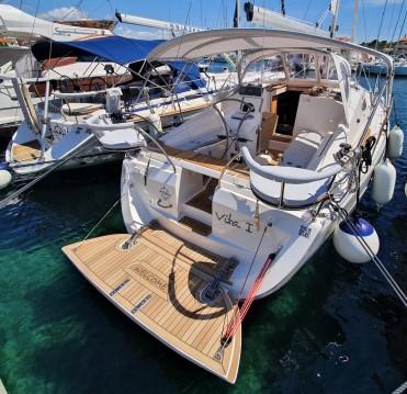 Rental yacht Jezera - Elan Impression 344 on SamBoat