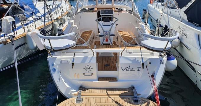 Boat rental Elan Impression 344 in Jezera on Samboat