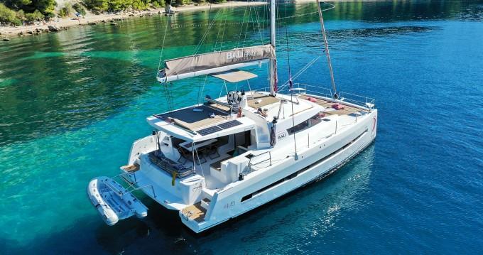 Rental Catamaran in Kaštela - Catana Bali 4.5 - 4 + 2 cab.