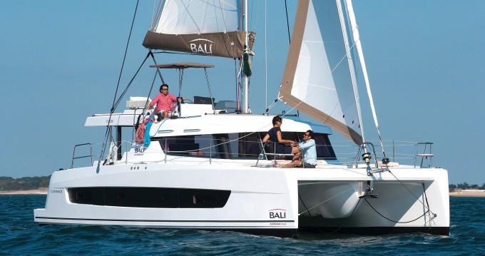Boat rental Kaštela cheap Bali Catspace