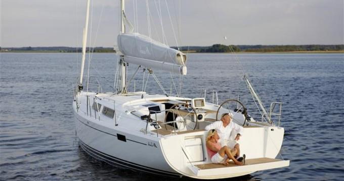 Boat rental Hanse Hanse 385 in Kaštela on Samboat