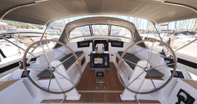 Boat rental Kaštela cheap Hanse 388