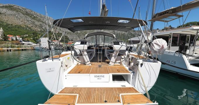 Rental Sailboat in Komolac - Hanse Hanse 505