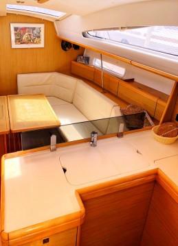 Boat rental Jeanneau Sun Odyssey 42 DS in Lefkada (Island) on Samboat