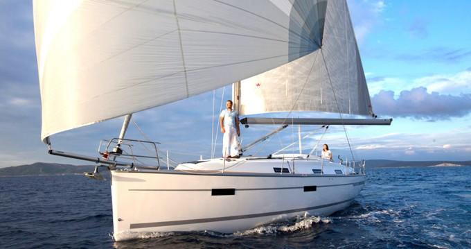 Rental Sailboat in Can Pastilla - Bavaria Cruiser 36