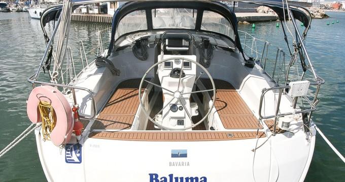 Boat rental Bavaria Cruiser 36 in Can Pastilla on Samboat