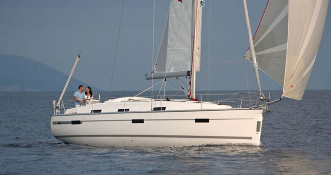 Rental yacht Can Pastilla - Bavaria Cruiser 36 on SamBoat