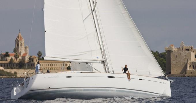 Rental Sailboat in Alimos - Bénéteau Oceanis 54