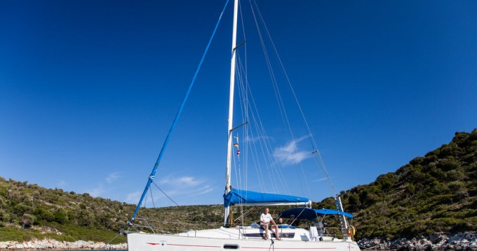 Jeanneau Sun Odyssey 36i between personal and professional Deme of Volos