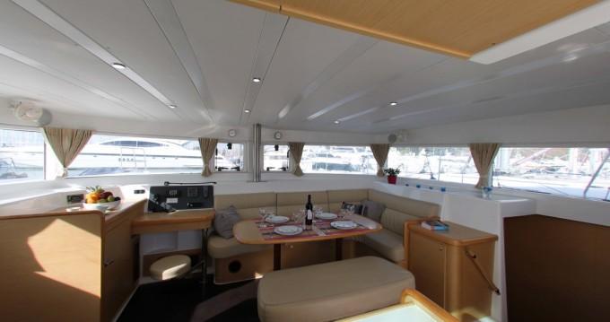 Rental Catamaran in Alimos - Lagoon Lagoon 420