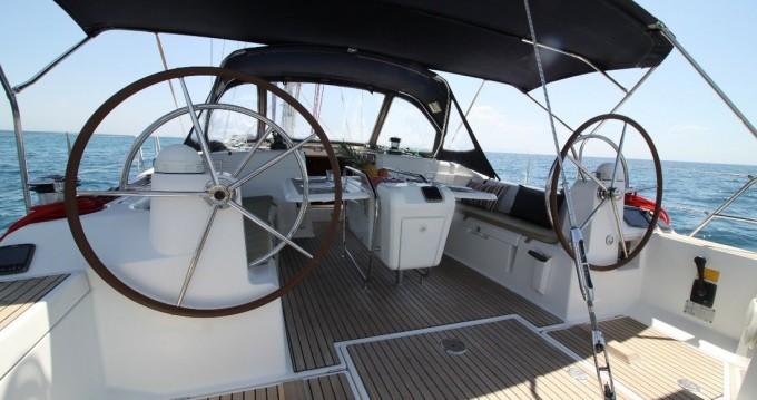 Rental Sailboat in Alimos - Jeanneau Sun Odyssey 509