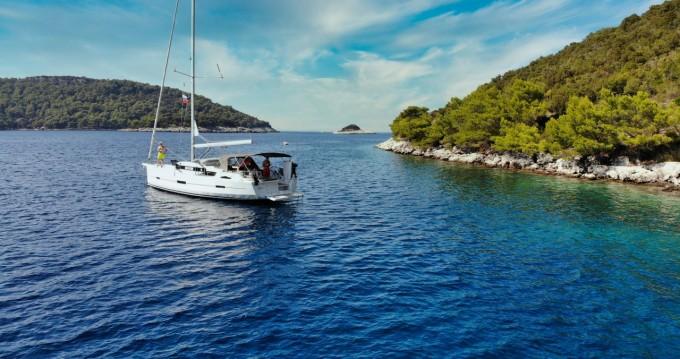 Rental Sailboat in Kaštela - Dufour Dufour 460 Grand Large