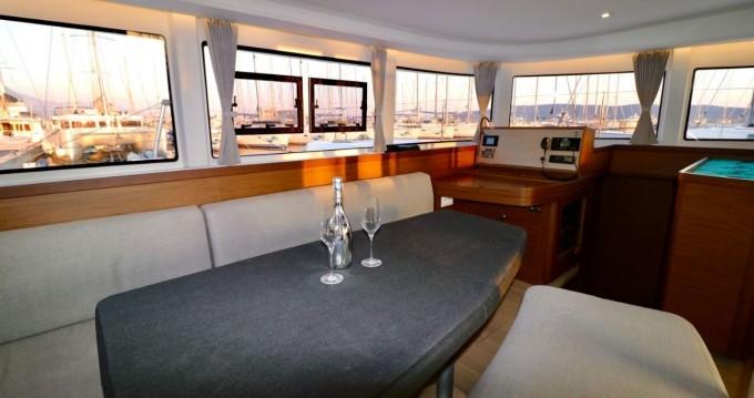 Boat rental Kaštela cheap Lagoon 42