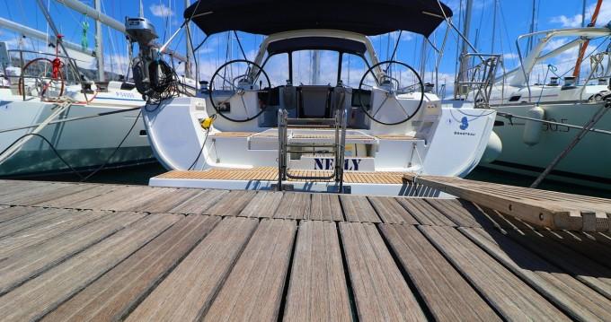 Rental Sailboat in Kaštela - Bénéteau Oceanis 45