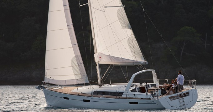 Hire Sailboat with or without skipper Bénéteau North Ayrshire