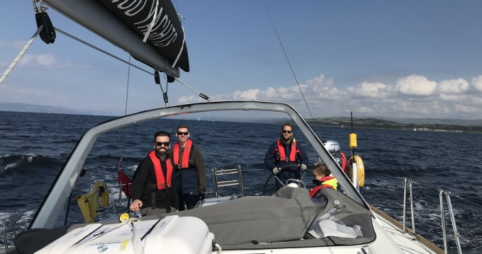 Sailboat for rent North Ayrshire at the best price
