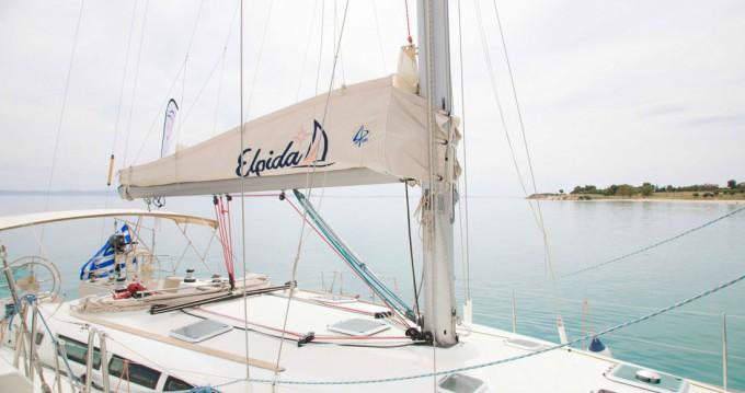 Rental Sailboat in Níkiti - Jeanneau Sun Odyssey 45