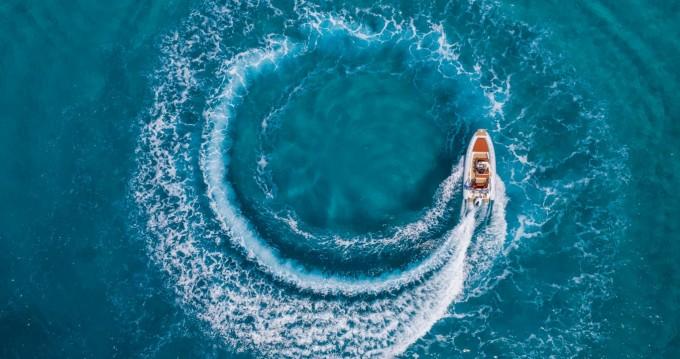 Rental RIB in Mali Lošinj - Ris Marine Ris Marine Excusive 599