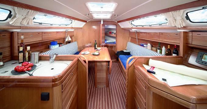 Rental yacht Rhodes - Bavaria Bavaria 39 Cruiser on SamBoat