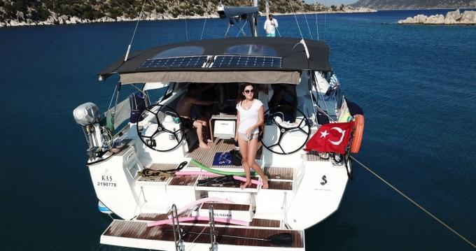 Rental yacht Turkey - Bénéteau Oceanis 48 on SamBoat