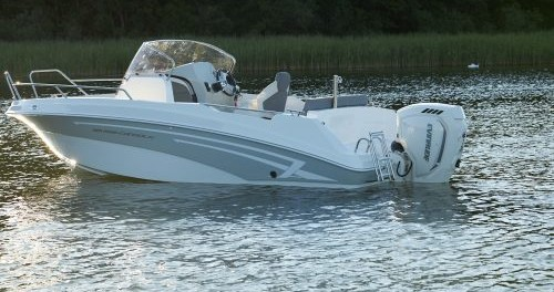 An Marine MARINE TIME 556 OPEN CABIN between personal and professional Zadar