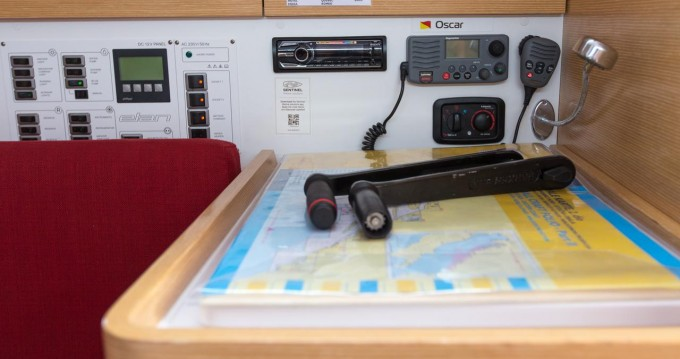 Rent a Elan Elan 350 Performance - 3 cab. Biograd na Moru