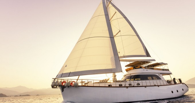 Boat rental Fethiye cheap Motor Sailer - 3 cab.