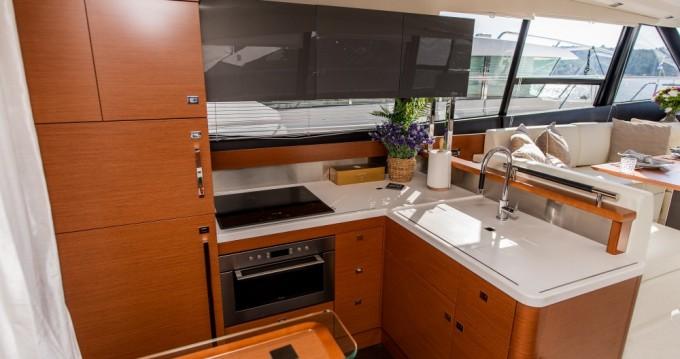 Rental yacht Trogir - Prestige Yachts Prestige 550S Flybridge on SamBoat