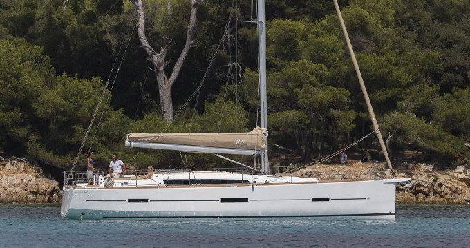 Rental yacht Lávrio - Dufour Dufour 460 Grand Large on SamBoat